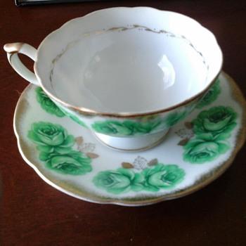 Tea cup - China and Dinnerware