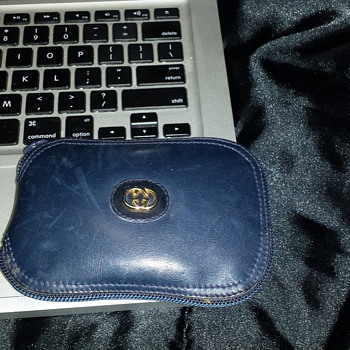 Mystery Gucci something! please help me identify