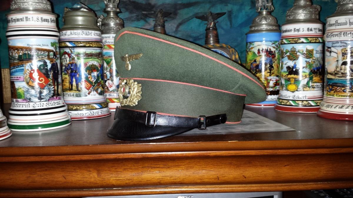Tony Vickers German Army Visor Caps 1871-1945
