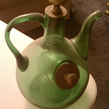 Green pitcher with compartment - Glassware