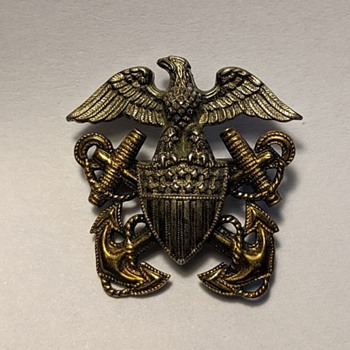 Military Insignia - Military and Wartime