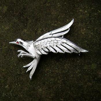 Trifari Falcon Pin - Birds of Fashion - Animals