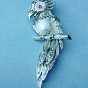 Trifari Parrot Brooch - Birds of Fashion Collection - Animals