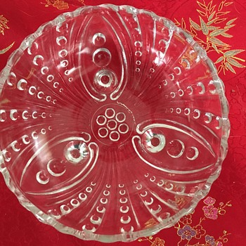 Unknown patternn - Glassware