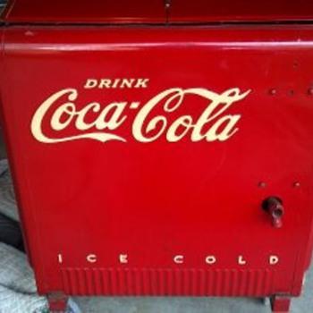 Vintage Coca-Cooler