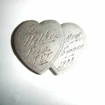 New Guinea WW2 souvenir jewelry piece