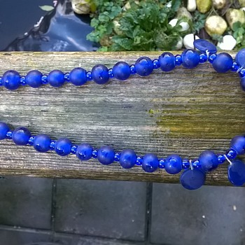 Odd Frosted/Clear Blue Glass Beads Choker, Thrift Shop Find 3,50 Euro ($3.71) - Costume Jewelry