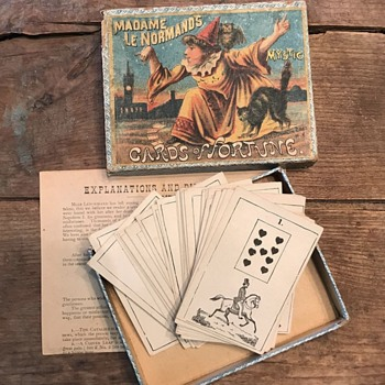 Madame Le Normand's Mystic Cards of Fortune - Games
