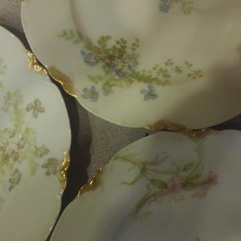 Haviland Limoges China, partial set - China and Dinnerware