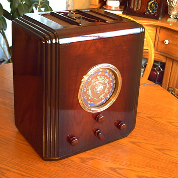 1936 crosley model 716 - Radios