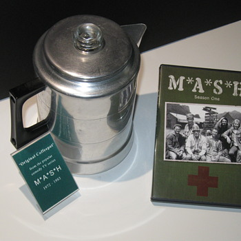 M*A*S*H  .  .  .   Coffeepot - Movies
