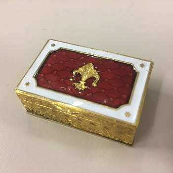 Gold Trinket Box with Fleur-de-lis - Furniture