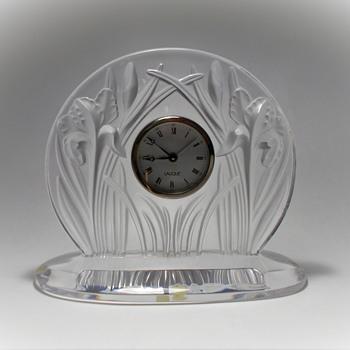 """LALIQUE -FRANCE """"IRIS"""" - Art Glass"""