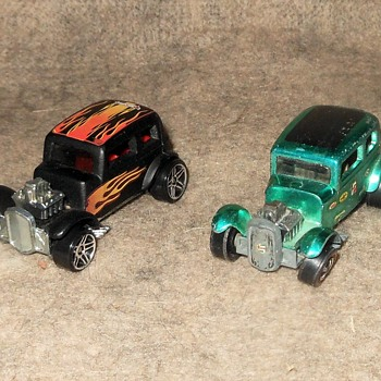 Hot Wheels Wednesday Classic '32 Ford Vicky 1969 - Model Cars