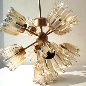 sputnik chandelier with glass tulps - Lamps