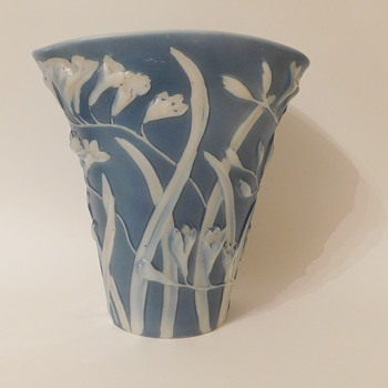 "Phoenix Sculptured Artware ""Freesia"" Fan Vase Blue Wash - Art Glass"