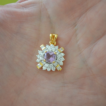 Amethyst pendant - Chanel? - Costume Jewelry