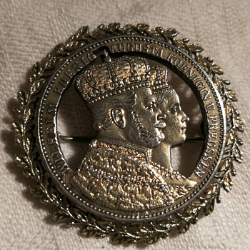 Commemorative silver coronation coin 1861 made into a brooch - World Coins