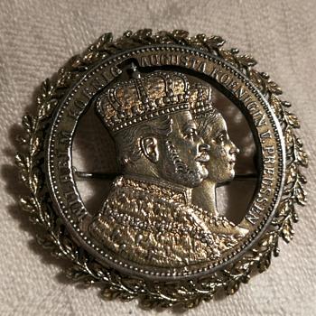 Commemorative silver coronation coin 1861 made into a brooch - World Coins