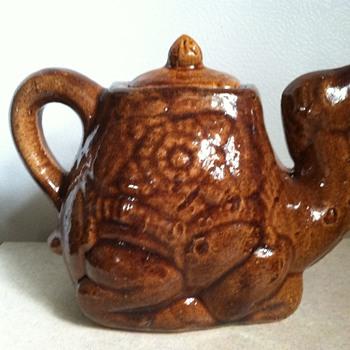 Pottery Camel Pitcher/Creamer - Pottery