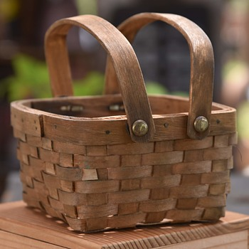 Miniature Ash-splint Laundry Basket? - Furniture