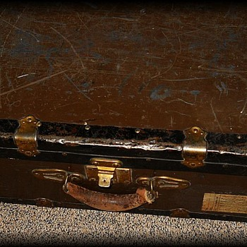 Old Suitcase metal Trunk ----> PART ONE - Furniture