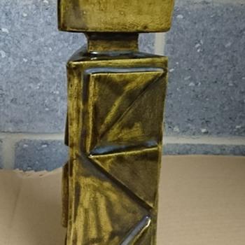 Triangular Pottery Vase Initialed to Base - Any Ideas?  - Pottery