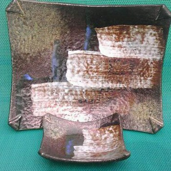 Mid-century Ikebana ceramic nesting plates - Pottery