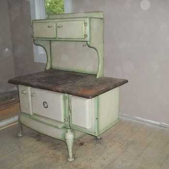 Old Woodfired Cook Stove - Kitchen