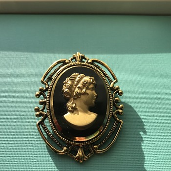 Heavy Cameo Brooch  - Fine Jewelry