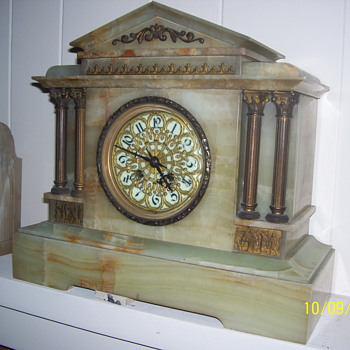 1800s Mantel Clock