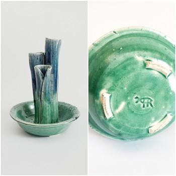 Pretty little triple bud vase - Pottery