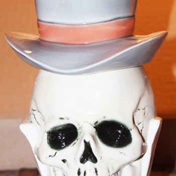 Albert Stahl #1848 Skull Head with Top hat Lidded Stein - Breweriana