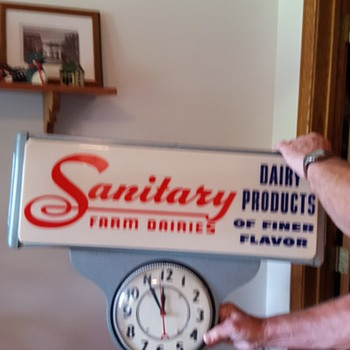Sanitary Farm Dairies Lighted Clock - Signs