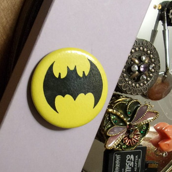 1969 Batman Lapel Pin - Medals Pins and Badges