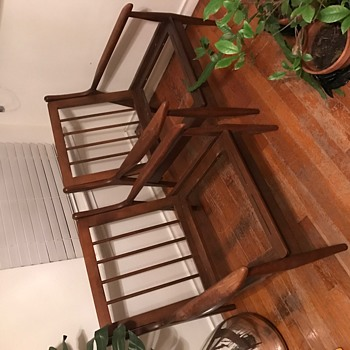 Trying to locate identifying info for chair