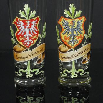 Fritz Heckert enameled beakers? - Art Glass