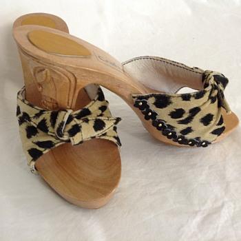 Tiki Heels
