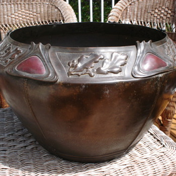 COBOCHON DECORATED COPPER JARDINIERE - Arts and Crafts