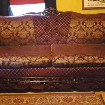 Vintage couch, not known - Furniture