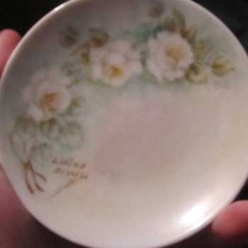 Little plate painted by Lavern  - Pottery