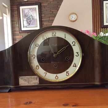 Kienzle mantle clock - Clocks