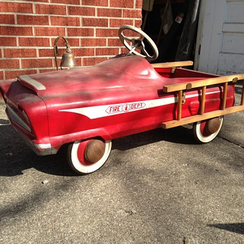 Fire truck Pedal Car - Toys