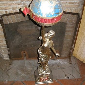 Vintage Schlitz Lady Glode Statue. - Breweriana