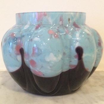 Kralik urn - Art Glass