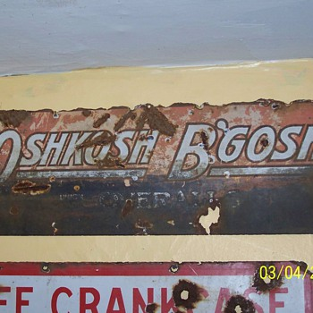 oshkosh'bgosh sign  - Advertising