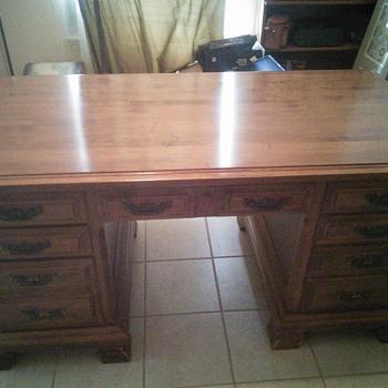 Sprague and Carleton Solid Maple Desk - Furniture