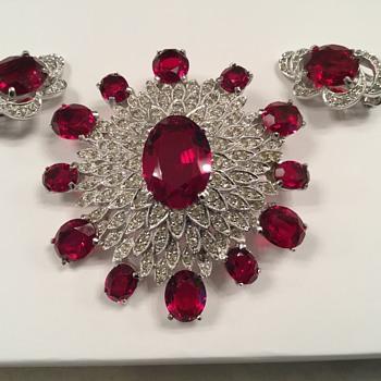POLCINI...(reposted) - Costume Jewelry