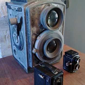 1930's Giant Baby Rolleiflex 4x4 Promotional Replica - Advertising