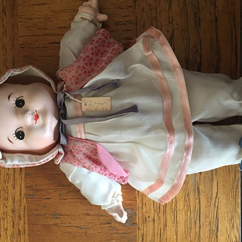 Japanese doll with 3 faces